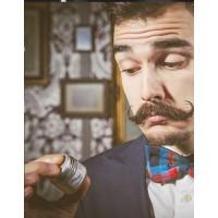 Как использовать подтемняющий воск для усов и бороды