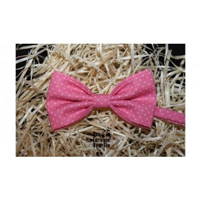 Галстук-бабочка розовая в горошек